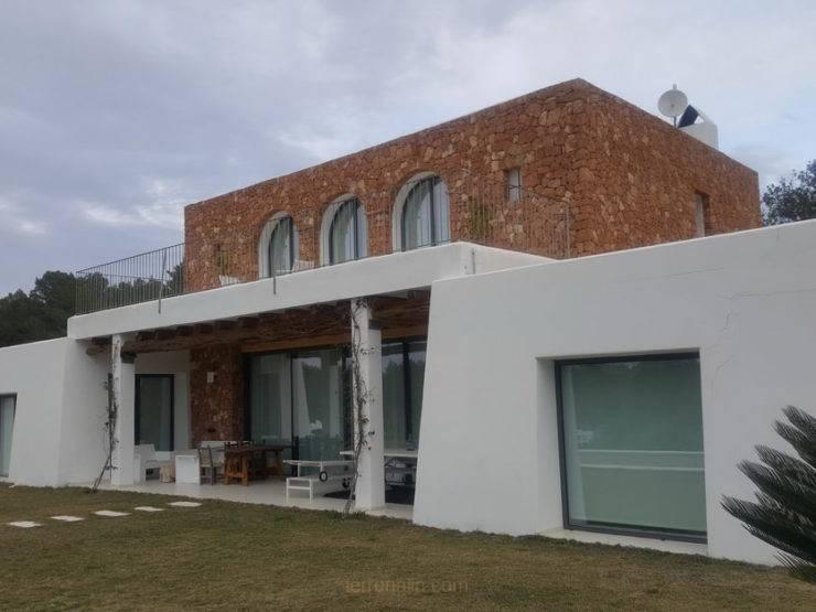 Spectacular Villa Ibicenca, for seasonal Rental in Can Escandell, Ibiza