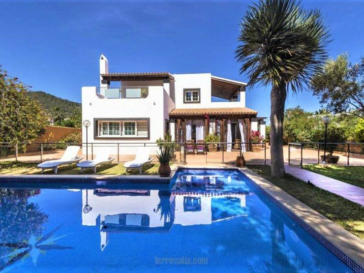 Cozy 5 bedroom Villa for Sale in San Jordi, Ibiza