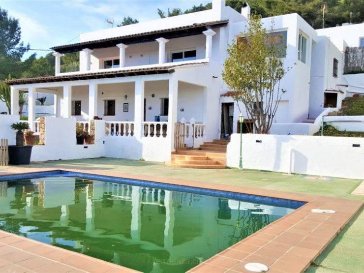 Clásica Villa en venta en Ibiza 7 dormitorios zona Es Porroig