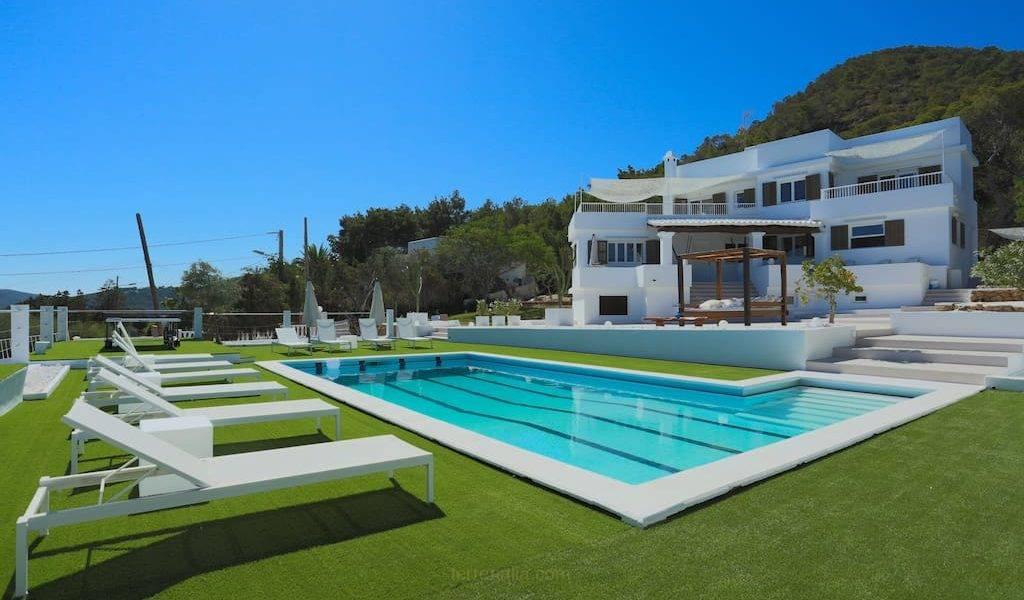 Magnífica Villa de Lujo en Alquiler semanal, en Ibiza, con vistas al mar