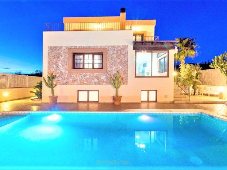 Villa Fibiza in Sa Carroca, in Ibiza Exclusive Sale