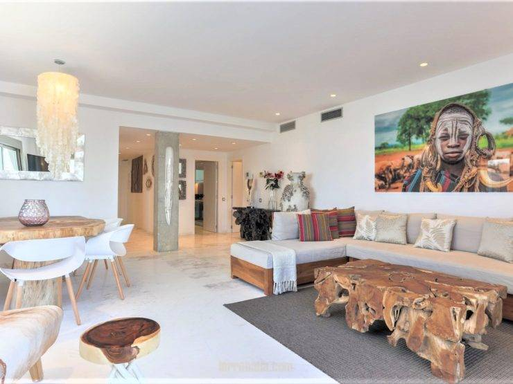 Magnificent Luxury Apartment in Playa d'en Bossa