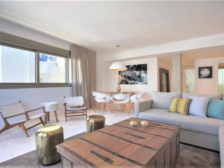 Spectacular Luxury Apartment in Ibiza Beach d`enbossa