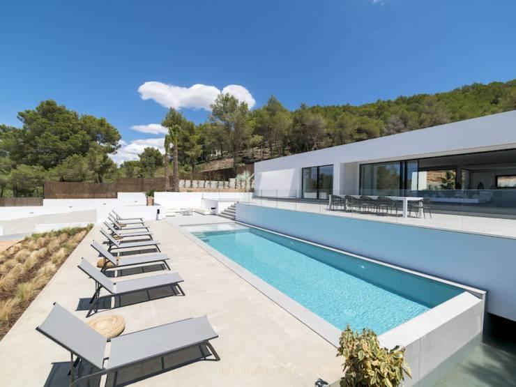 Minimalist Villa in San Josep Ofelia