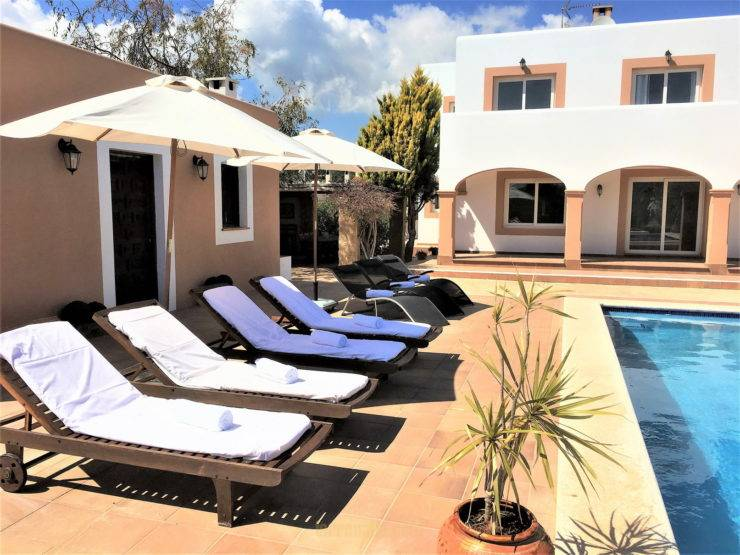 Very Cozy Villa, with Ibizan Style In San Jordi