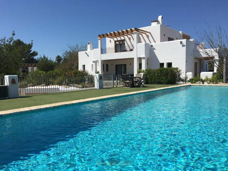 LUXURY VILLA IN PUIG D'EN VALLS (3KM FROM IBIZA)